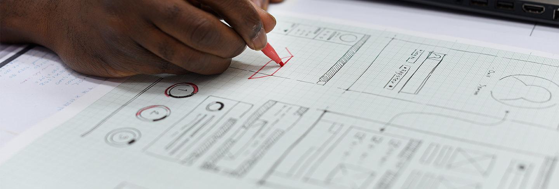 mbj-insight-startup-business-person-designing-on-website-pk2uj95